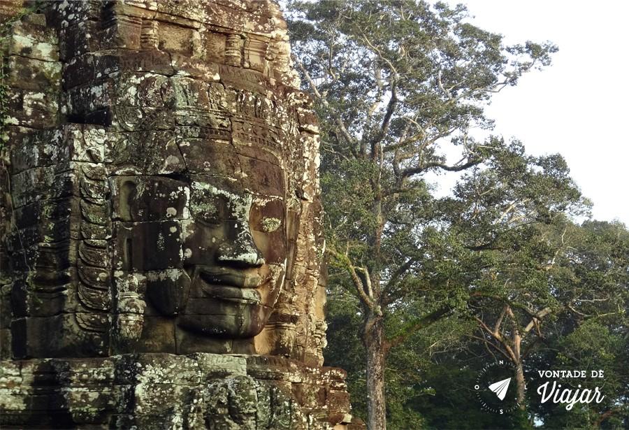 Angkor Wat - Rosto do imperador Khmer no templo Bayon