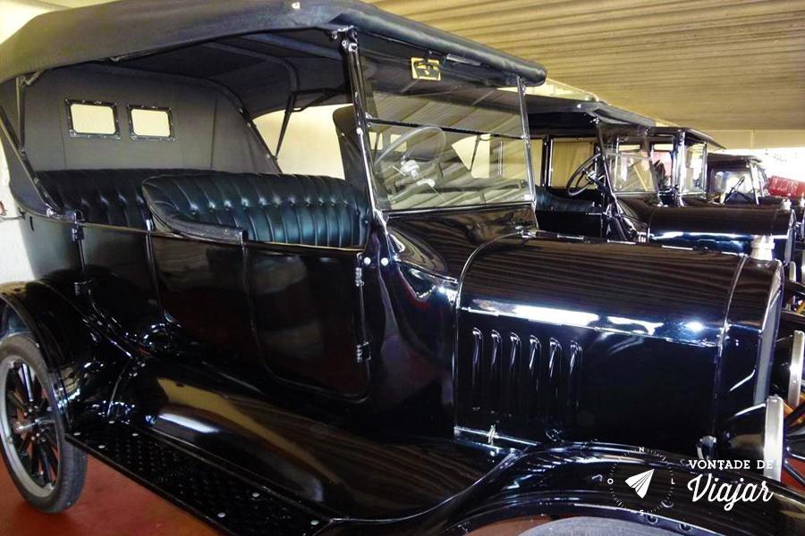 Uruguai - Bodega Bouza - Ford T na colecao de carros antigos (foto do blog Vontade de Viajar)