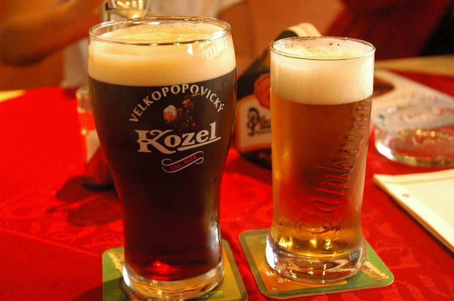 Cervejas tchecas - Kozel e Gambrinus - Foto Luis Canau