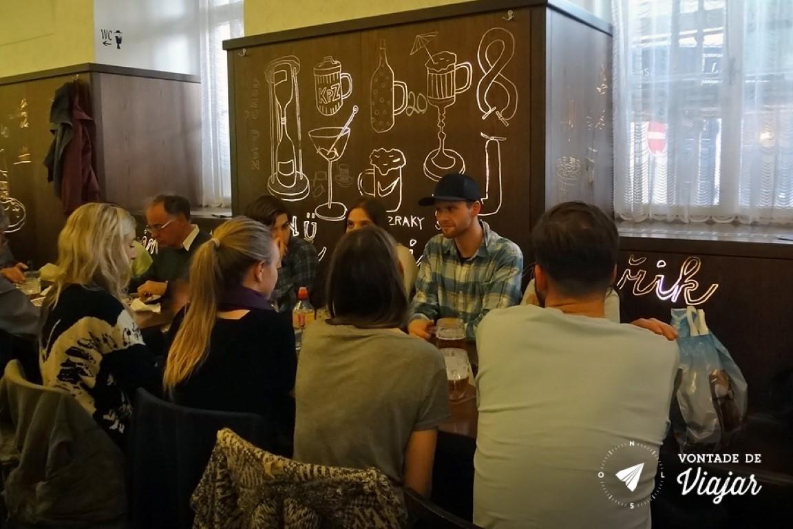 Cervejas tchecas - Lokal o bar com a melhor Pilsner Urquell da cidade