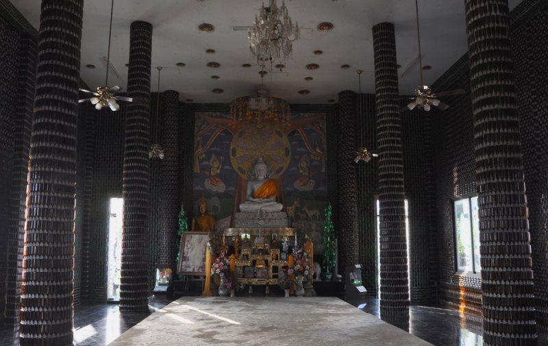 Templo de um milhao de garrafas por dentro - Foto Massimo