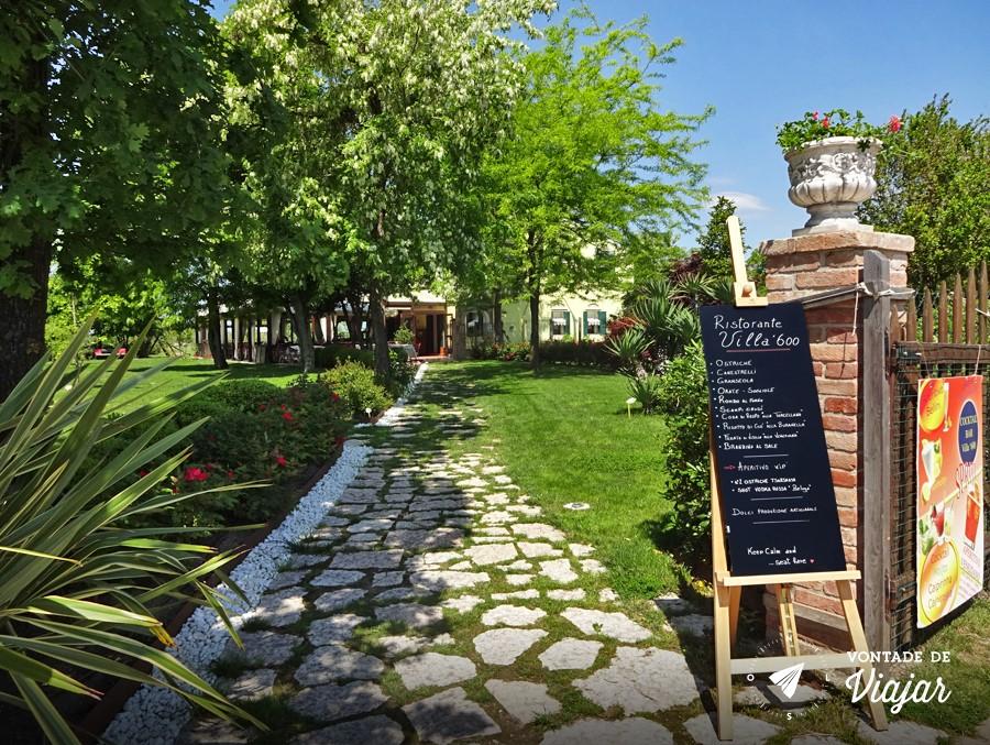 Ilhas de Veneza - Restaurante em Torcello