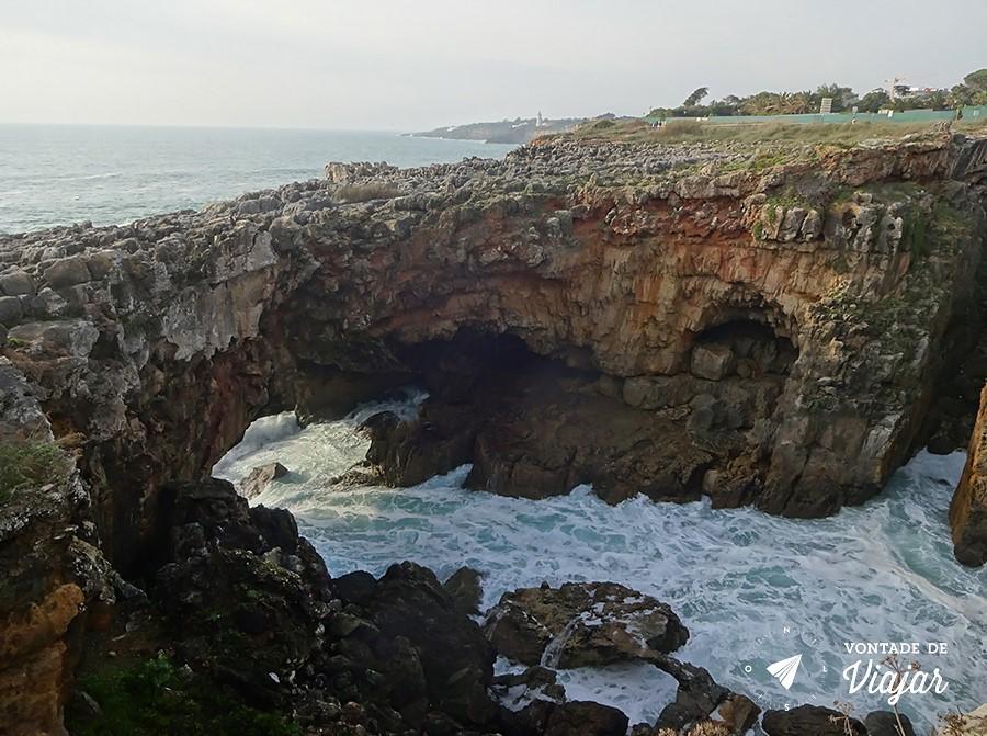 portugal-boca-do-inferno-ponte-natural-no-mar