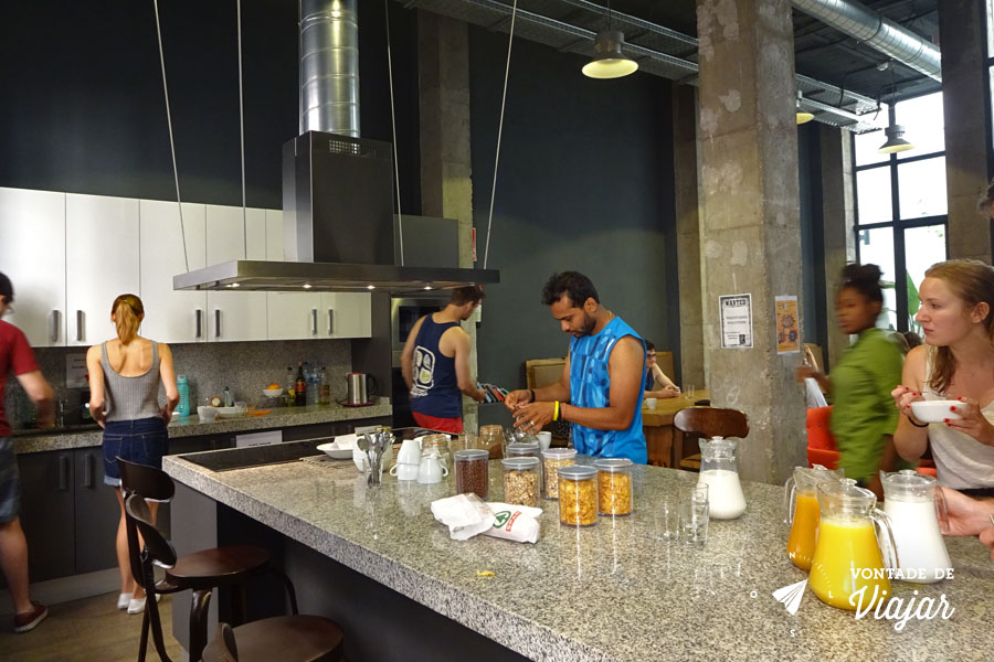 Hostel em Sevilha - Cafe da manha no albergue