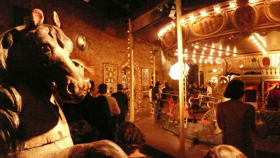 Meia noite em Paris - Musee des Arts Forains