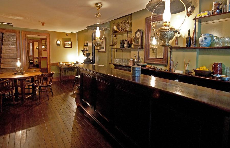 Tenement Museum - Bar do casal alemao Schneider salao - Foto Keiko Niwa
